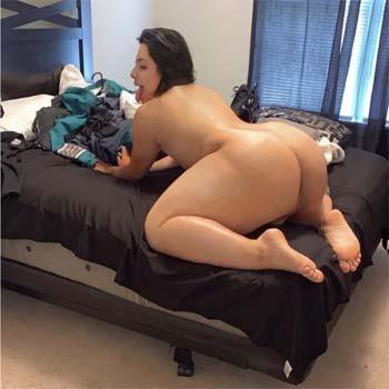 Chubby Latina tranny with daddy issues near Miami