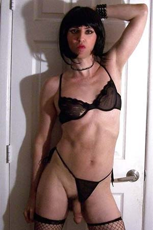 Mistress offers cross-dressings practical lessons